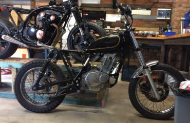 Cafe racer gold coast scrambler custom bike builds