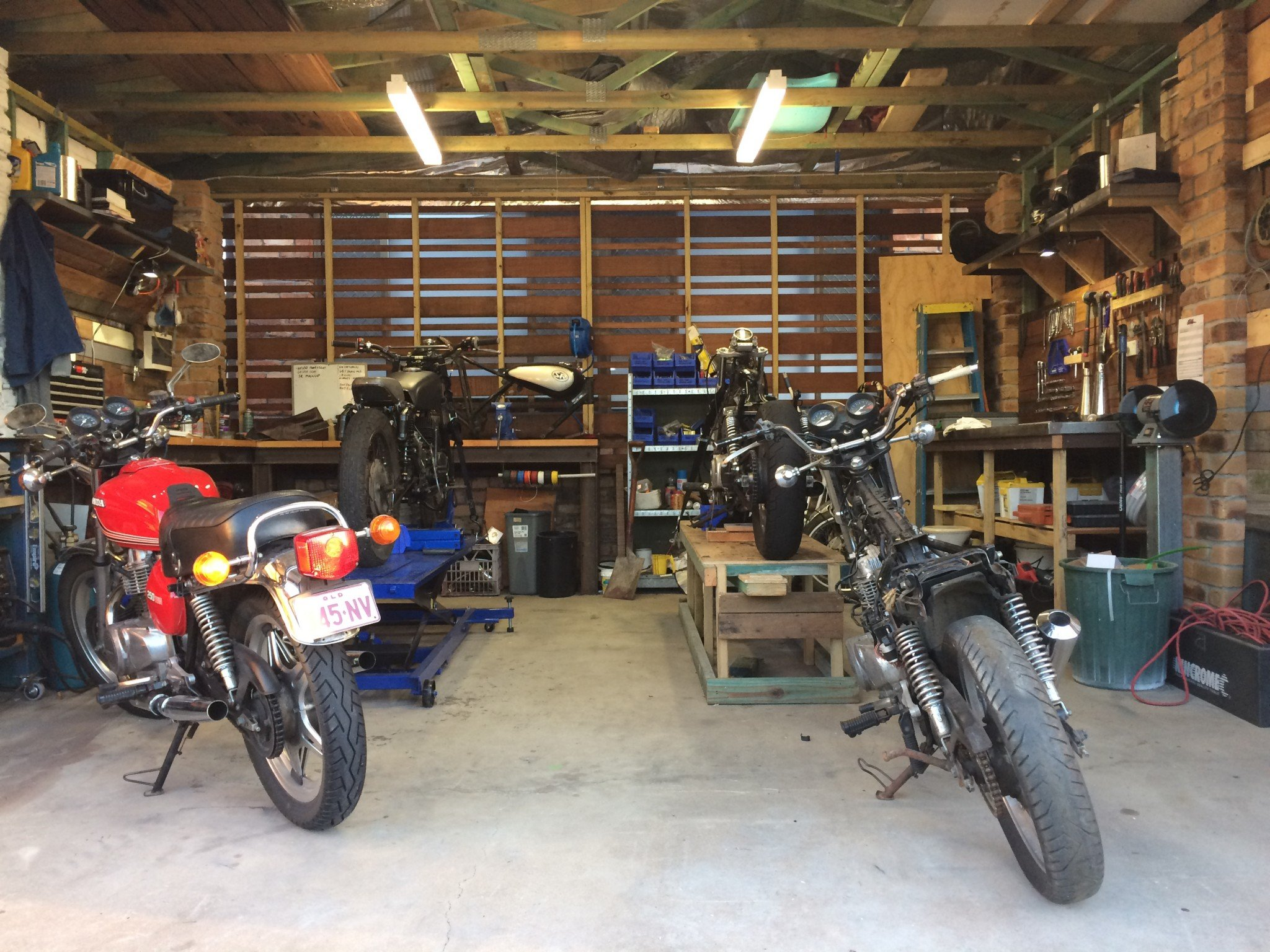 man cave gold coast custom motorcyc;es