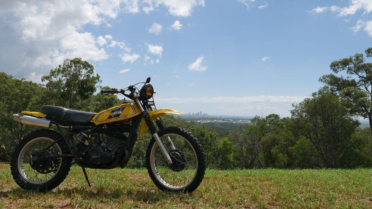 Yamaha DT400 scrambler Custom Motorbike Cafe racer parts