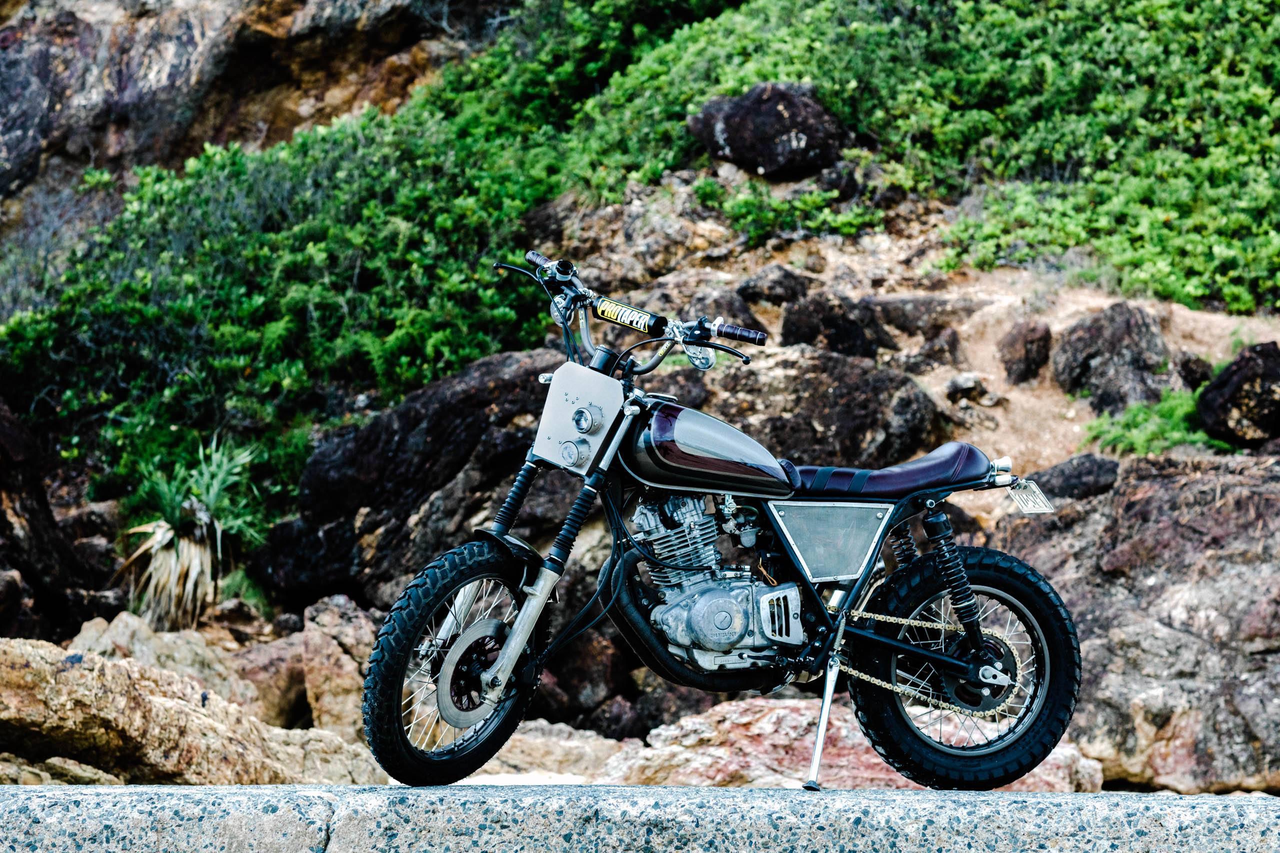 Suzuki Scrambler GN250 Scrambler headlight
