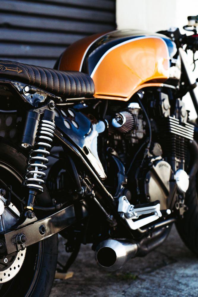 Custom Cafe Rcaer Honda CB750 Brat Style Street Fighter
