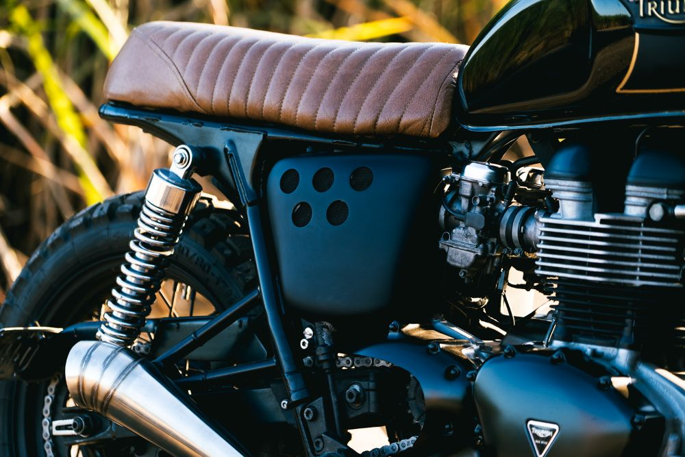 Custom Triumph Scrambler seat T100 Bonneville parts Accessories Australia