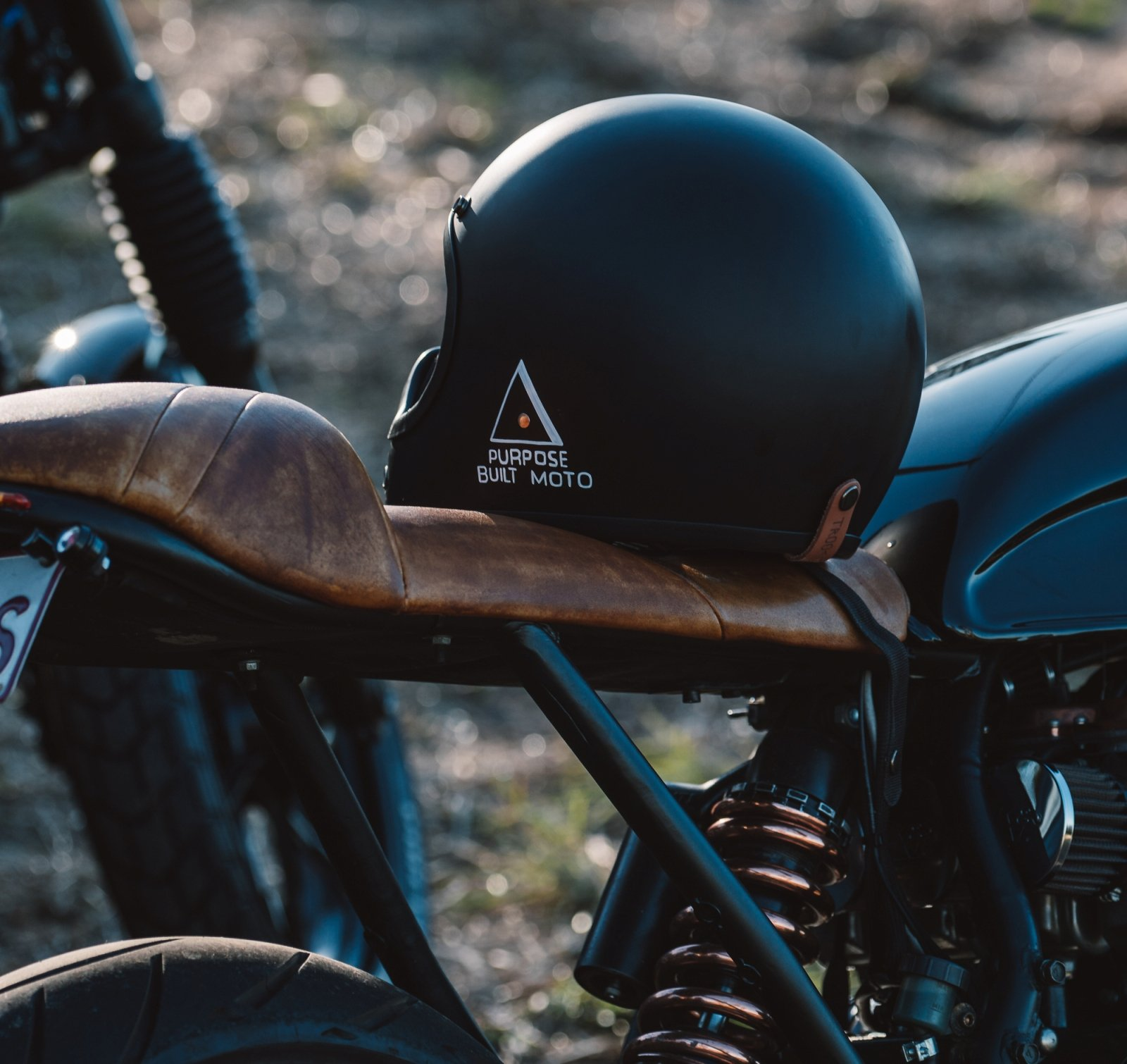 Cafe Racer parts guide seat
