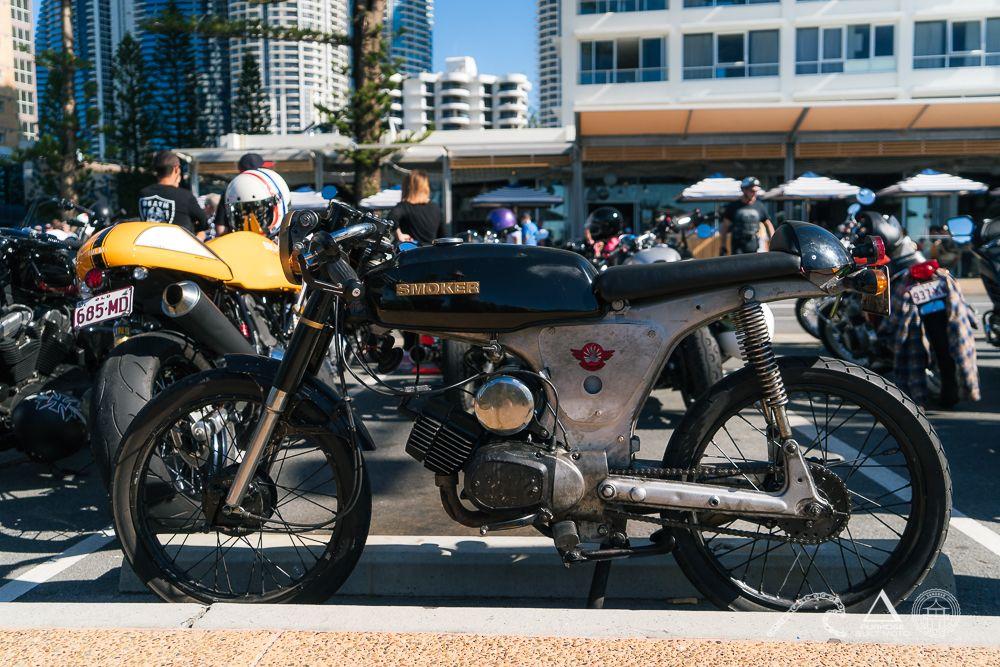2 stroke cafe racer motosocial