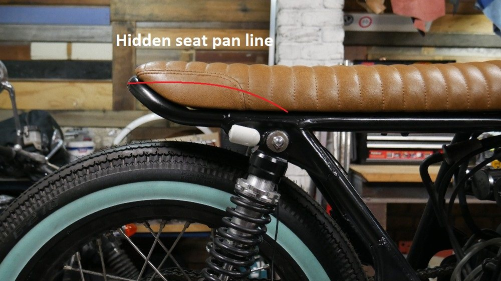 cafe racer seat hoop motorcyle parts LED lights cafe racer tail