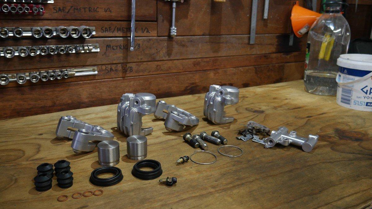 Rebuilding Classic Bike Brakes Cafe Racer parts LED lights Builder guides