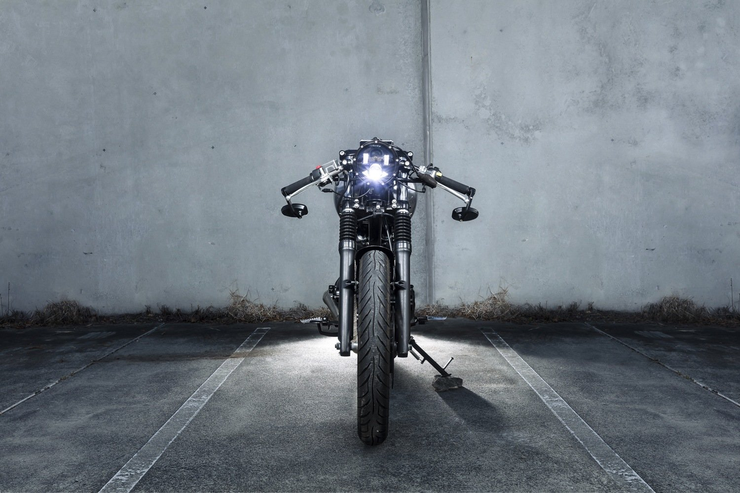 Custom LED headlight Cafe Racer