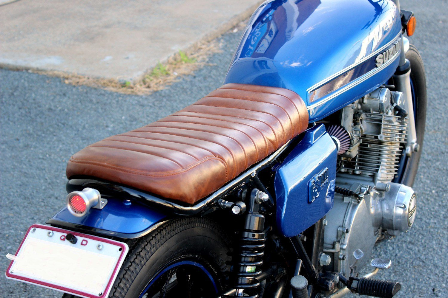 Custom Brat seat tan leather