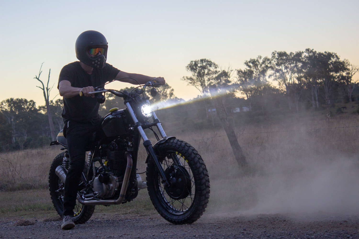 SR400 scrambler custom australia LED headlight