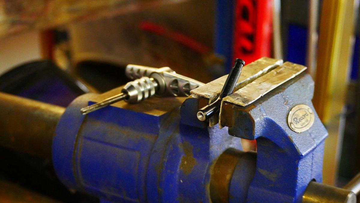 Cafe Racer parts scrambler