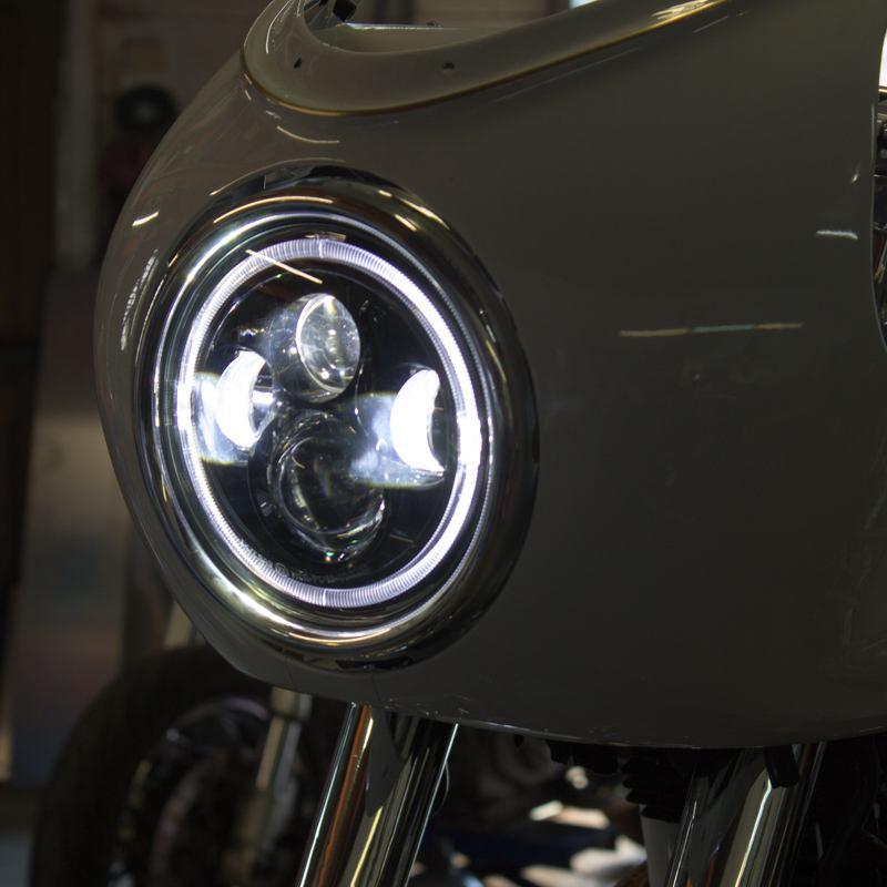 Vintage style LED headlioght Cafe Racer thruxton