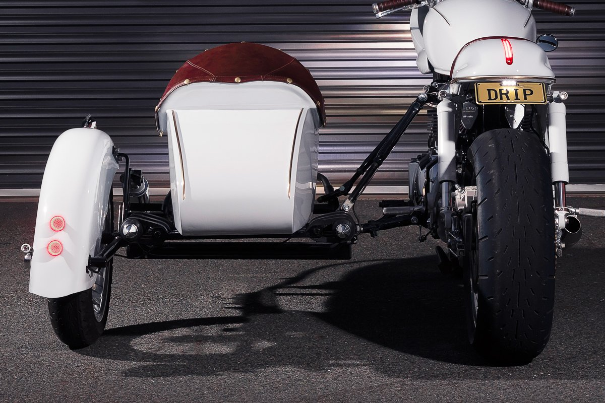 Triumph sidecar Cafe Racer Vittoria coffee LED brake lights Chopper
