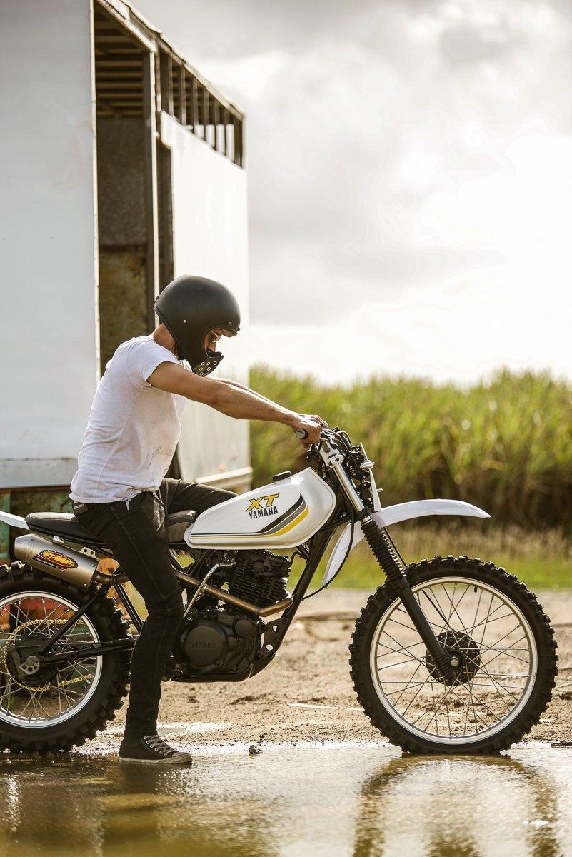 Motocross custom scrambler Yamaha