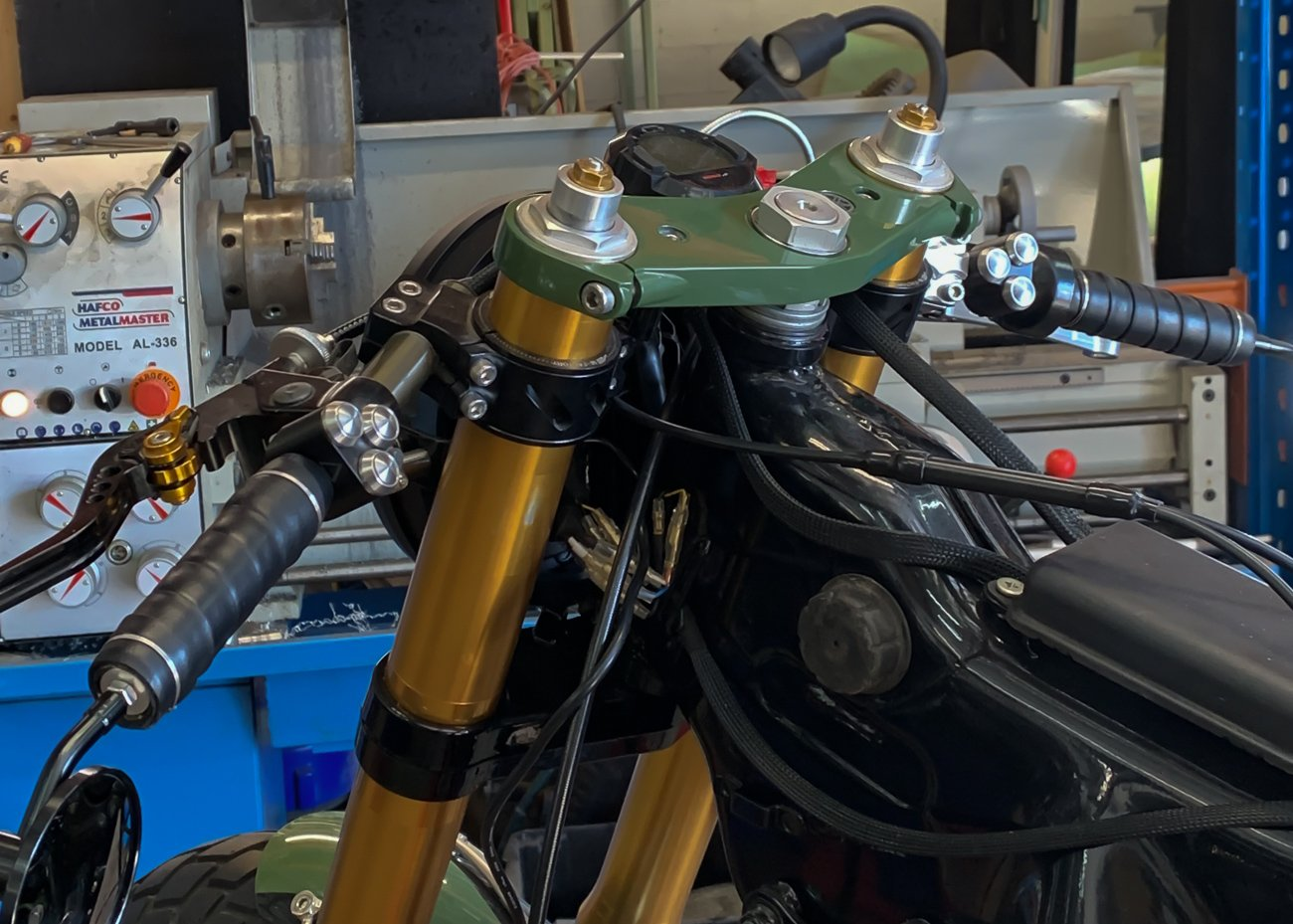 leather hand grips motorcycle cafe racer