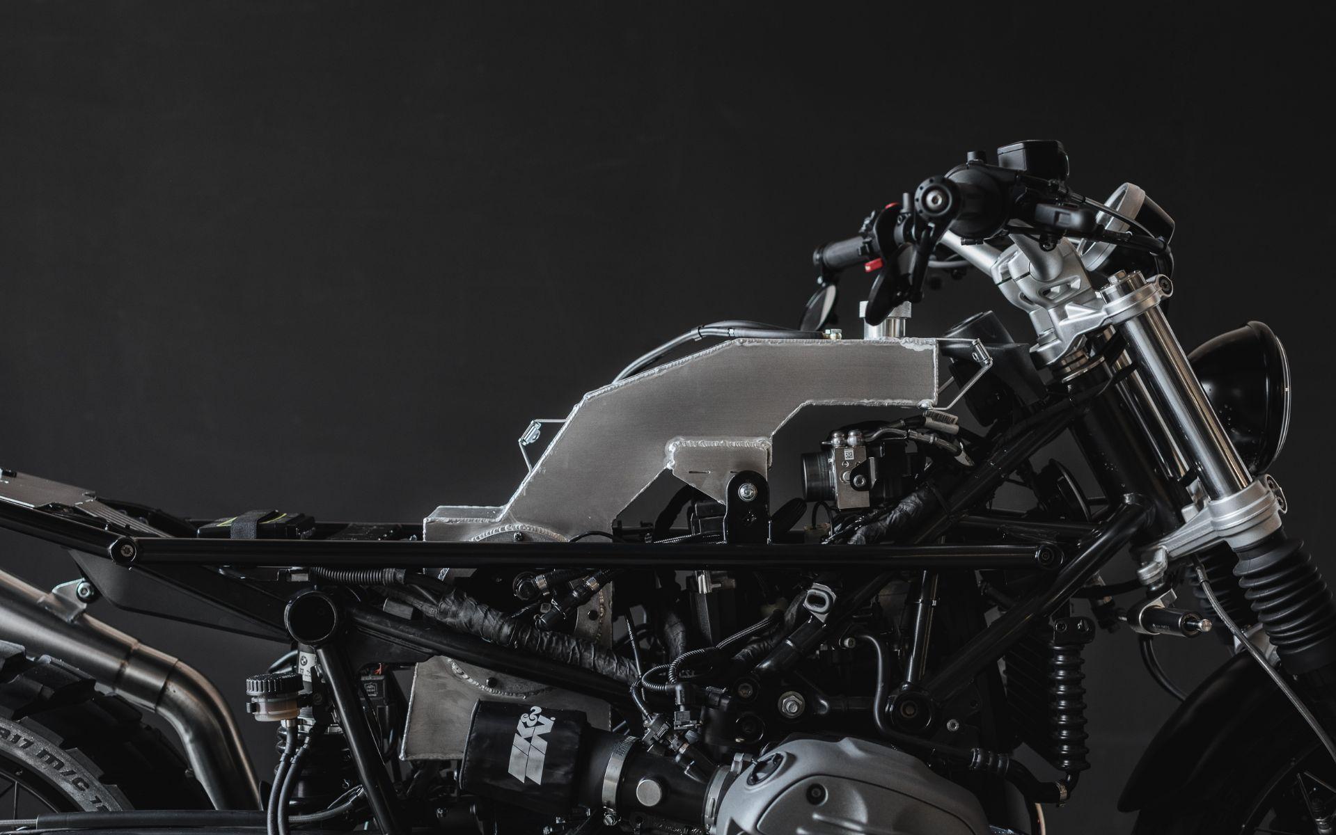 BMW RnineT kit conversion cafe racer scrambler
