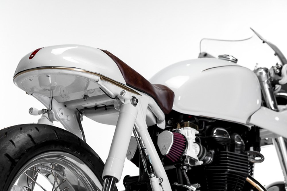 how to wire LED turn signals motorcycle cafe racer triumph