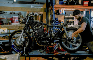 youtube build series 400cc scrambler