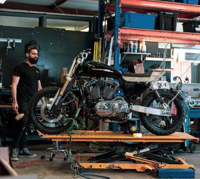 sportster tracker scrambler vbuild how to purpose built moto