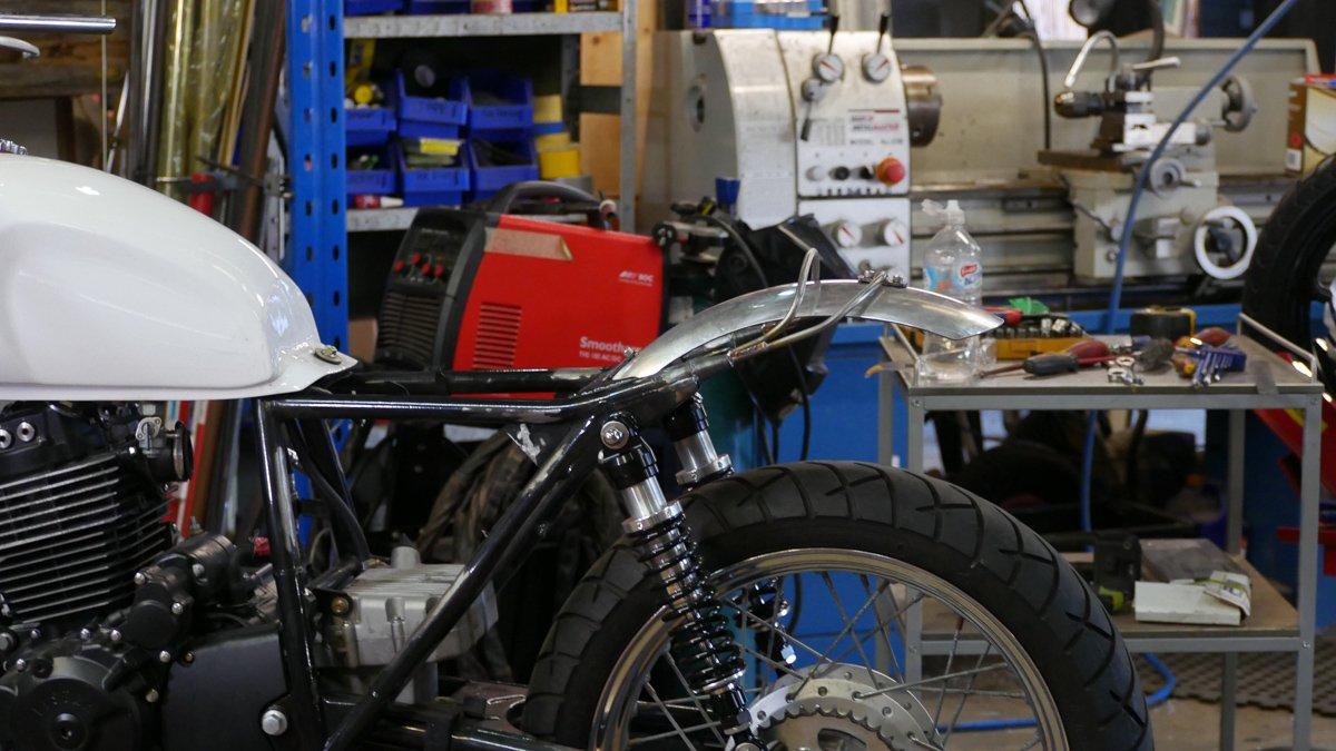 alumionium motorcycle fender scrambler cafe racer