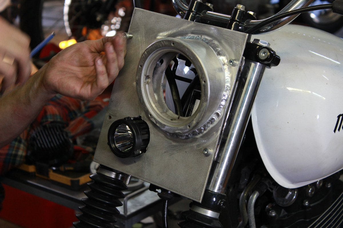 LED scrambler headlight sol invictus scrambler 400