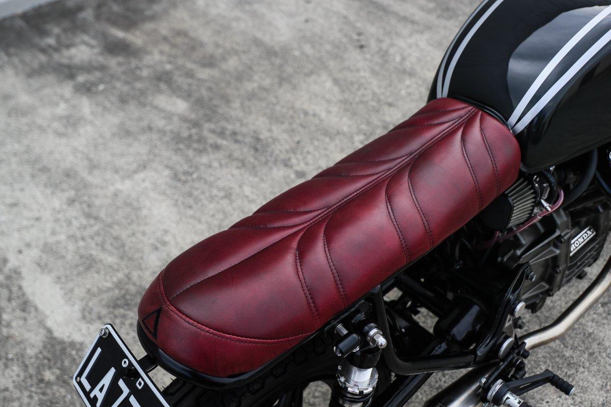 Custom motorcycle seats Gold COast Australia Cafe Racer
