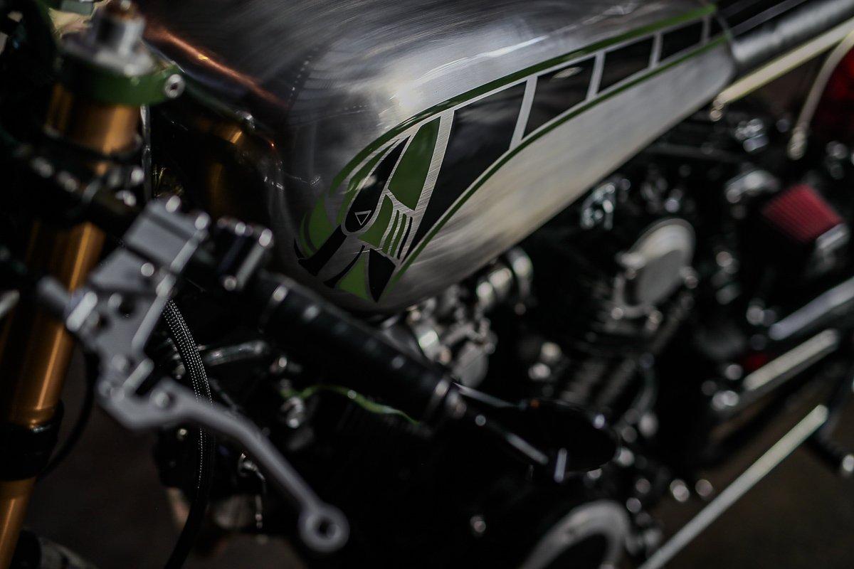 custom yamaha XV750 bobber cafe racer fuel tank