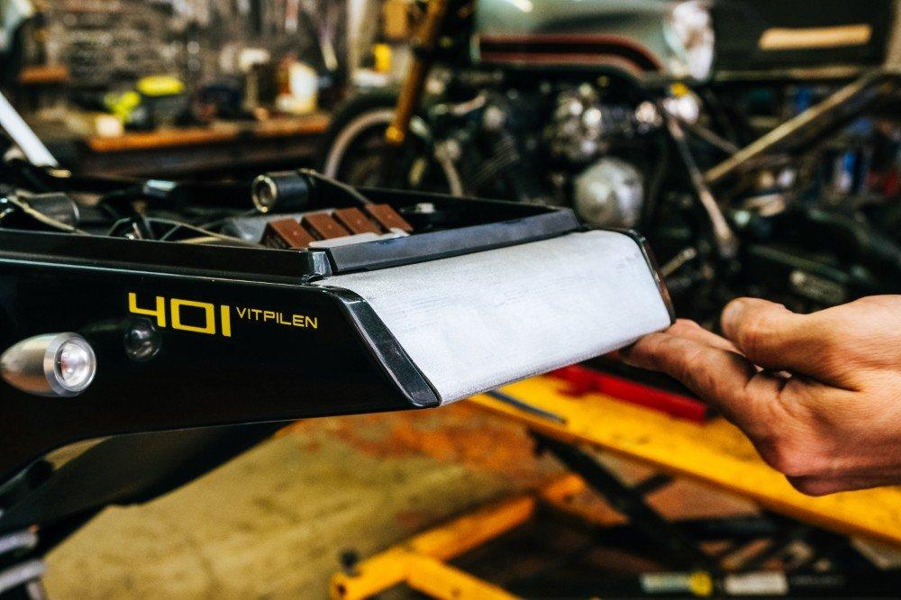 Vitpilen 401 tracker build custom motorcycle australia