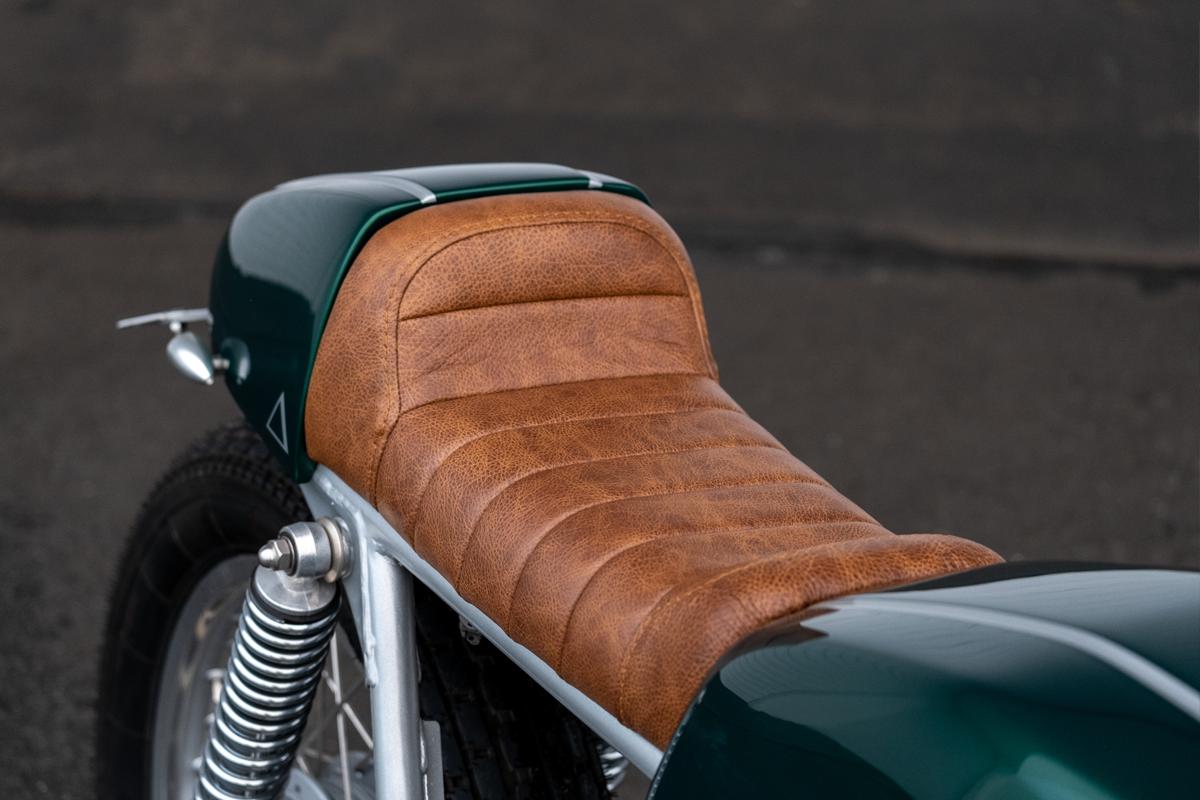 Honda CB400F Seat