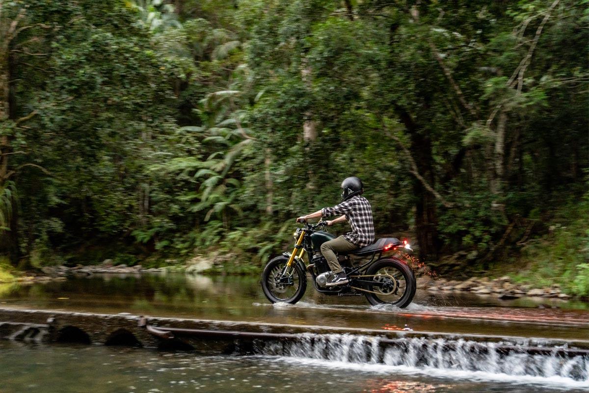 Suzuki GR650 Scrambler Motorcycle